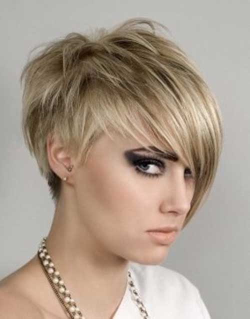 Charming Short Cropped Haircut for Ladies