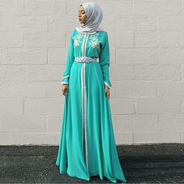 Stylish Fashion Alert : The Trending Hijab & Abayas 2016