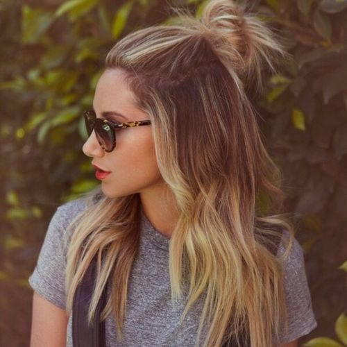 15+ Girly Hairstyles with Top Bun