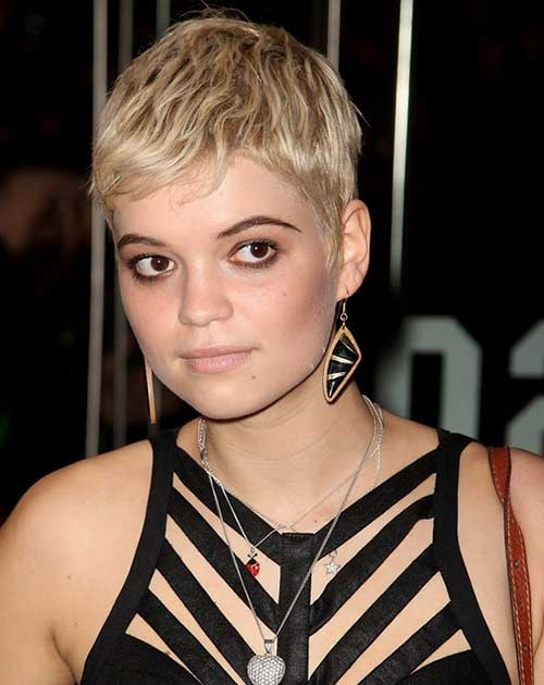 Hairstyles Most Chic Celebrity Pixie